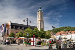 Market Square and St. Georg's Church (c) bbsMEDIEN Anna-Lena Thamm